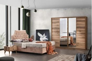 Klas Bedroom