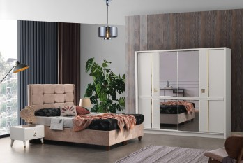 Vanessa Bedroom